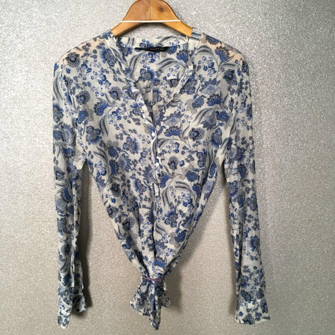 8dd5458d6e Zara Woman Long Sleeve Blue Flora Motif V-neck Blouse with White ...