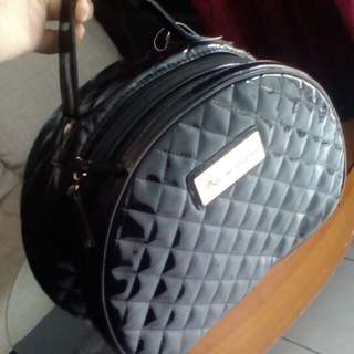Makeup bag pure leather rm 20 only