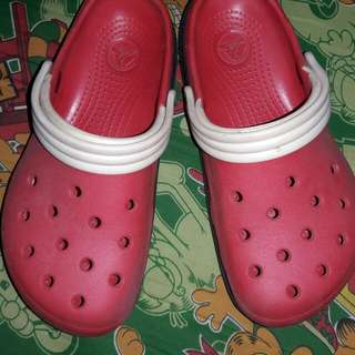 Preloved Crocs...