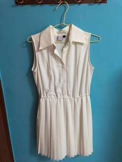 Purpur White Dress