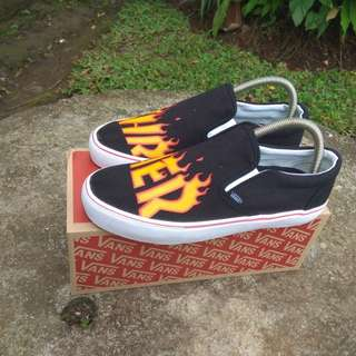 Baru Vans Slip On Trasher Motif new
