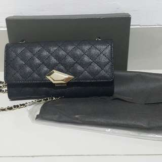 Dompet charles and keith hitam black rantai