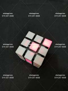 Original Authentic Rubiks Spark rubiks cube