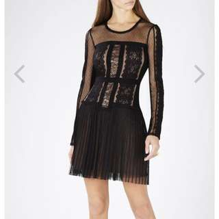 未着過:BCBG lace dress