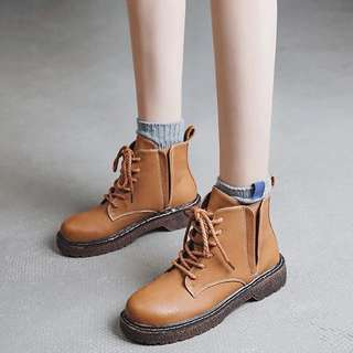 (35~40) British style belt thick sole boots round head short boots new women boots Korean version of the short Martin boots women