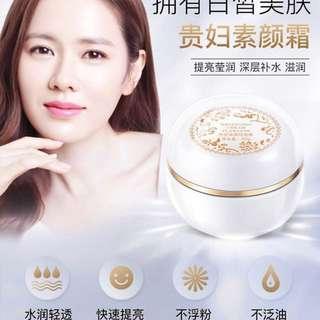 Noble Lady Cream (P.O.)