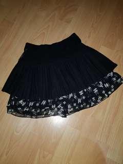 Black mini skirt.