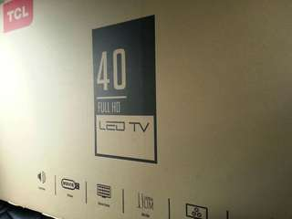 TCL TV 40INCHS