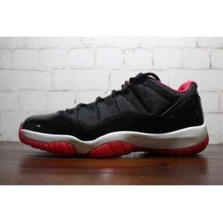Jordan 11 (low)