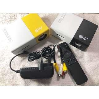 (DELIVERY) Artlii Micro Pocket Projector