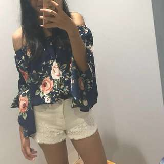 TEMT White Floral Denim Shorts