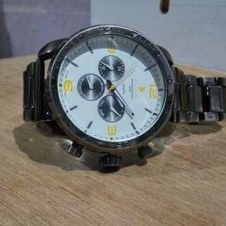 jam tangan kalibre