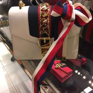 Gucci sylvie mini bag crossbody