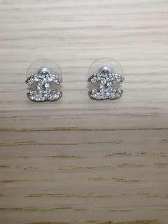Unused / BN Chanel Earrings
