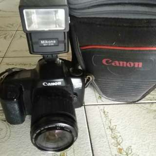 Canon camera EOS 1000f