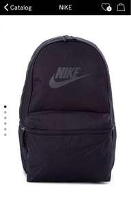 Nike Heritage Black Bagpack