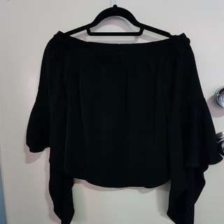 Black off the shoulder flowy top - sz 8