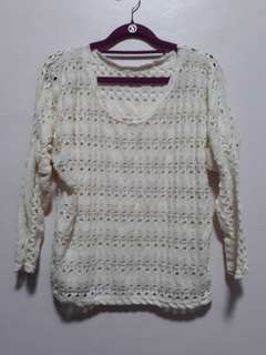 Off white knitted top