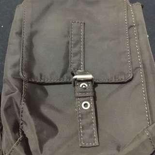 Benetton sling bag