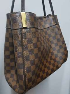 Louis Vuitton Handbag MM