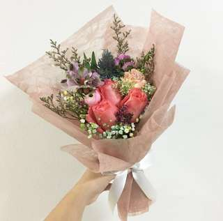Elegant Bouquet of Coral Roses with Baby Breath and Mix Fillers / Premium Wrapped Birthday Bouquet / Anniversary Bouquet