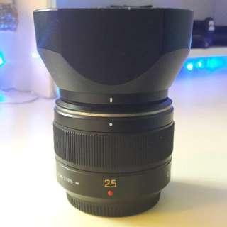Panasonic Leica 25mm f1.4 m4/3 lens