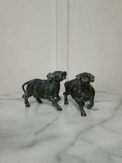 A pair of qing period bronze water buffalo height 9.5cm perfect condition a pair for $280