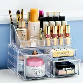 *FREE DELIVERY to WM only / Ready stock, clearance* Makeup cosmetics organiser as shown design/color. Free delivery is applied for this item.