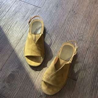 正韓超舒服顯瘦麂皮涼鞋
