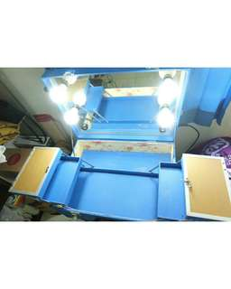 standing beautycase with lamp dimmer full mirror