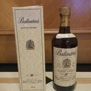 @舊裝連盒 Ballantine 30 Yr 43% 75cl Blended Whisky 百靈壇 30 年調和威士忌