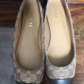 Authentic Coach Flats (almost new) used once size 7.5