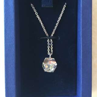 Authentic Swarovski Necklace (Points Of Light - 957047)