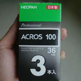 Acros 100 B/W film 35mm