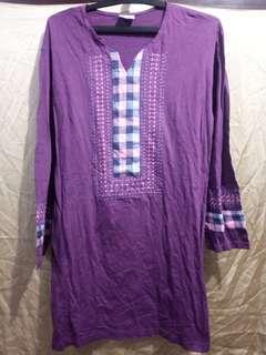 Baju Muslim ungu