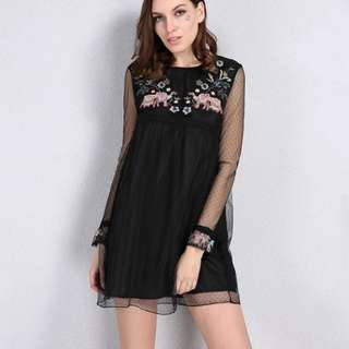 Embroidery black mesh Dress | PO