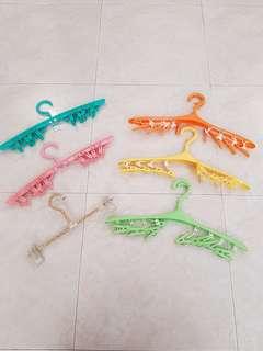 clips(8) hanger