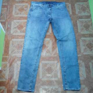 Zara man pants sz34