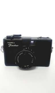 Yashica Flasher