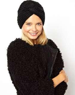 Turban bonnet
