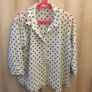 uniqlo polka blouse (preloved)