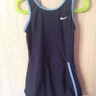 Baju renang Nike