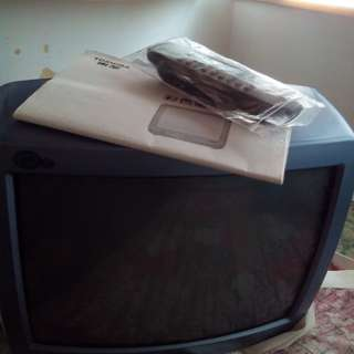 14inh Toshiba.. color television