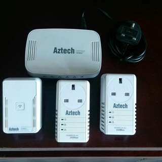 Bunch of Aztech Homeplug