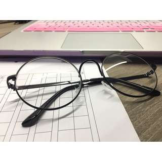 uzzlang korean circle glasses in black