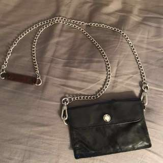 Rudsak small purse/ card holder. Also can hold iPhone 6/7 .