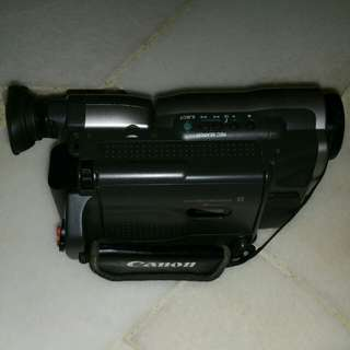 Canon camcorder (uc-v200 camcorder)
