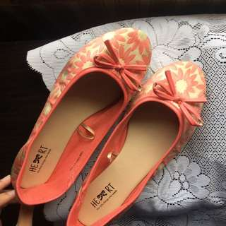 The Little Things She Needs CORAL PINK FLATS