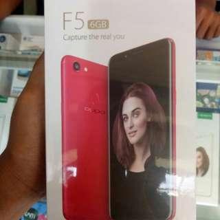 Oppo F5 Bisa dicicil bunga 0% Limited Edition