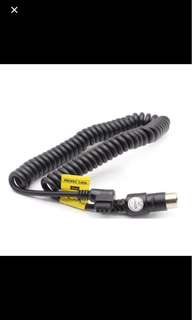Propac cable for Canon flash lights.